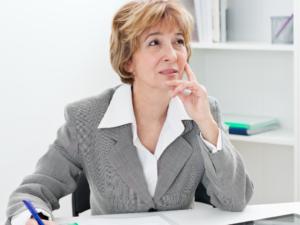 Posso permanecer com o mesmo plano de saúde após me aposentar?